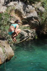 Sprung ins eiskalte Wasser der Font de L'Algar